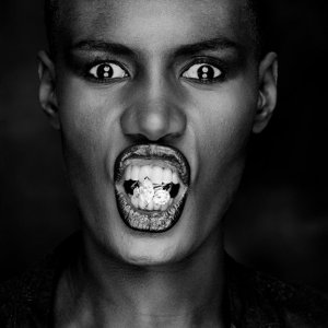 grace-jones_thelavalizard